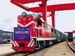 中欧班列劲增69%助力铁路货运创新高
