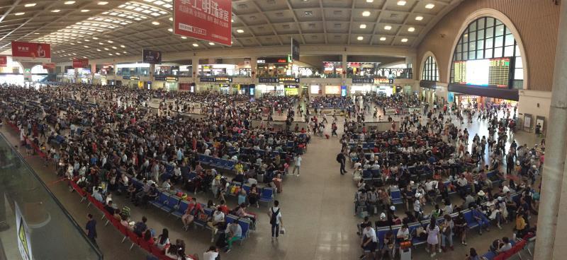 """武汉铁路客流""""端午""""小长假比去年小幅提升"""