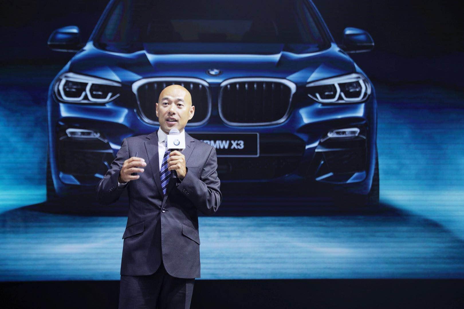 全新BMW X3亮相华中国际车展