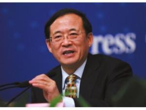 刘士余:证监改革 争议中前行
