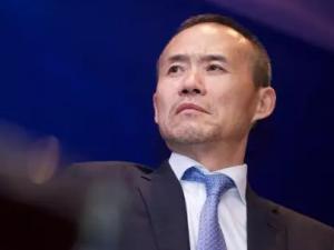 王石驰援华大 出任华大集团联席董事长