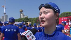 2018第44届武汉7·16渡江节4700名游泳爱好者在长江段劈波斩浪