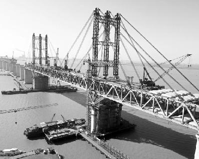 公�_汉企承建世界最大跨径公铁两用桥合龙